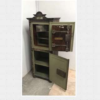 150+ years old Antique Safe (Austria)