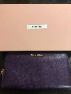 Miu miu wallet 80% new