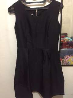 dress black avenue