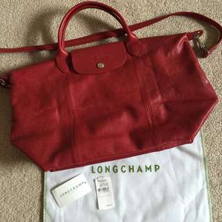 Longchamp cuir in red