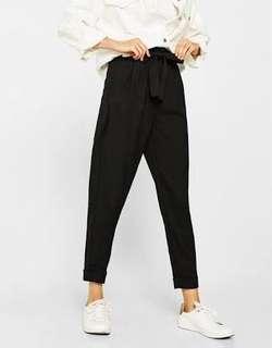 Peg leg highwaist trousers