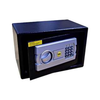 Yale Medium Sized Digital Safe YSFT- 25ET