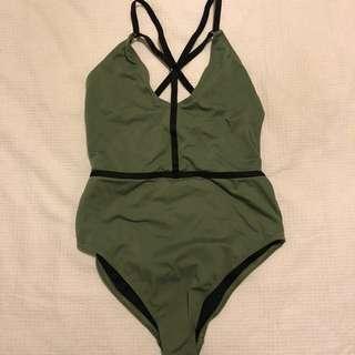 Swimsuit/ bodysuit