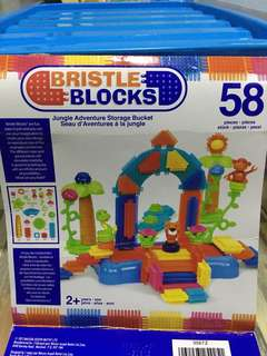 Bristle blocks -Jungle adventure bucket