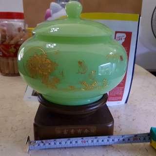 聚宝盆jade wealth bowl