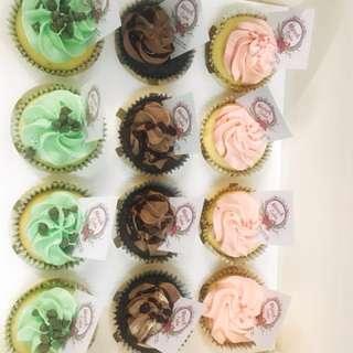 生日蛋糕 cupcakes 百日宴 婚宴 蛋糕仔