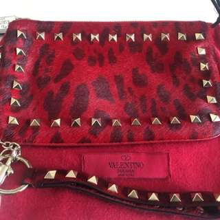 Valentino rockstub clutch authentic