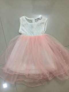 New girl dress (2 years old)