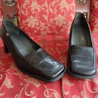 Buccheri heels