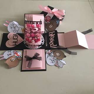 Cony and brown explosion box with cake , 4 waterfall and 2 pull tab in black & pink