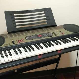 CASIO電子琴LK-35