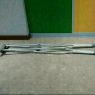 Rent Crutches