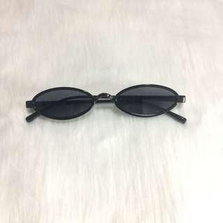 On Hand Sandy Sunglasses