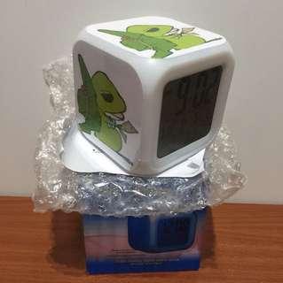 🚚 LED七色變換 旅行青蛙鬧鐘