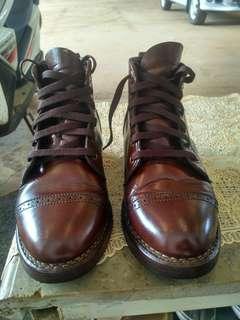 Sepatu daedalus indonesia