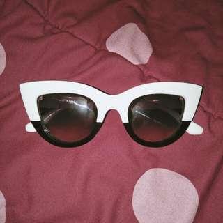 Kacamata Fashion Cateye Retro