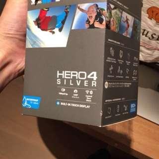 Go Pro Hero 4 SILVER 加手柄和64GB card