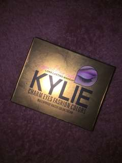 KYLIE EYE SHADOW