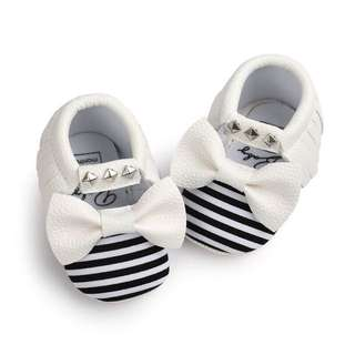 Luna Striped Pre walker Shoe