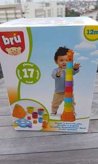 Bru Stack and sort giraffe Shape sorting play Building Blocks