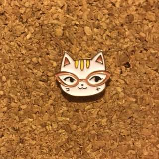 襟章pin 眼鏡貓