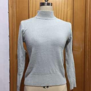 淺湖水藍色毛衣 冷衫