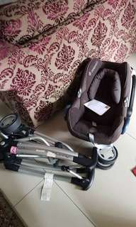 Quiny baby carries / baby carseat