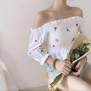 [PO] 2 colors! Floral rubberized Off Shoulder Top