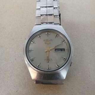 Seiko 5 Vintage Watch like Rado, Bulova, Oris, Citizen, Tissot, Tudor