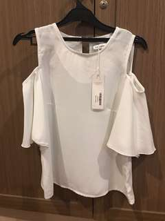 COTTONINK Open Shoulder White - Still with Tag!