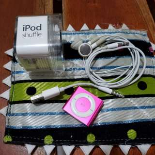 iPod shuffle 4th gen 2gb
