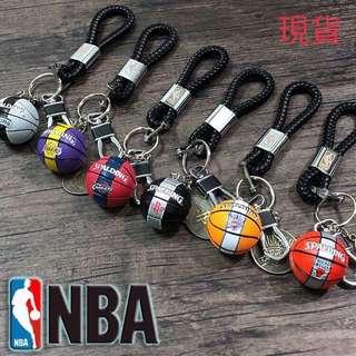 🚚 禮盒裝🏀NBA🏀籃球隊紀念掛飾鑰匙圈