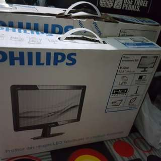 2 Unit Monitor Philips 18,5 inch + 15,6 inch