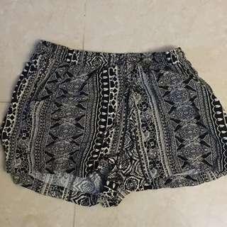 🔴AMERICAN EAGLE 民族風短褲