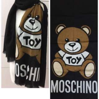 Moschino scarf 100% real