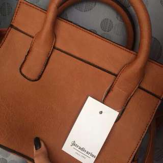 STRADIVARIUS HAND BAG
