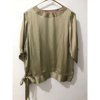 Two Colors Top