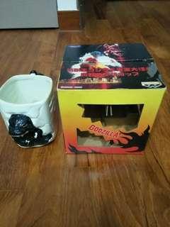 VINTAGE AND UNUSED! Rare 1996 BanPresto Godzilla Collector's Ceramic Mug/Cup
