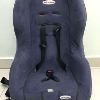 Britax Safe n Sound carseat