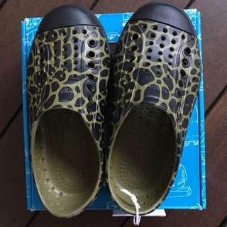 Brand-new Native Jefferson Shoes
