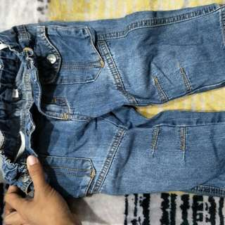 Adjustable kid jeans