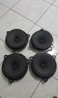 Nissan X-Trail stock speaker's