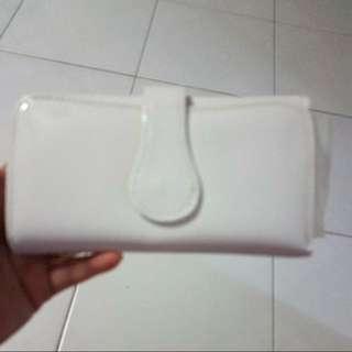 white long wallet