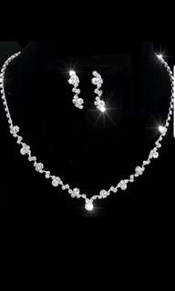 Crystal Jewelry set for bridal or dinner 2