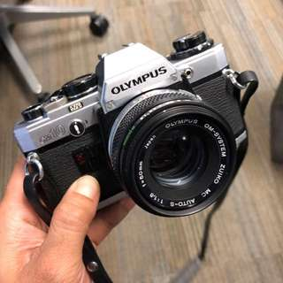 Olympus OM-10 with zuiko 50mm 1.8