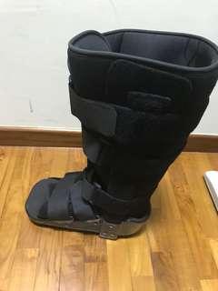 Air walker Fracture Boot [medium]