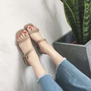 復古絨面露趾涼鞋
