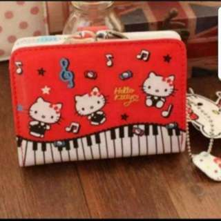 In Stock Sanrio Hello Kitty Wallet With Dollar Cards And Coin Compartment Size is 12 × 3 × 9cm