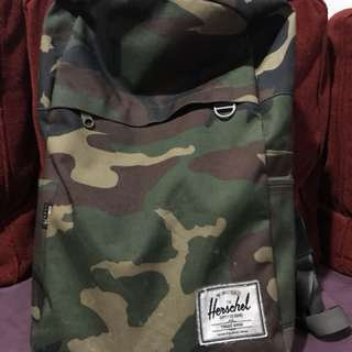 Herchel Army Bag