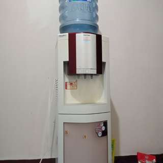 Dispenser + pendingin